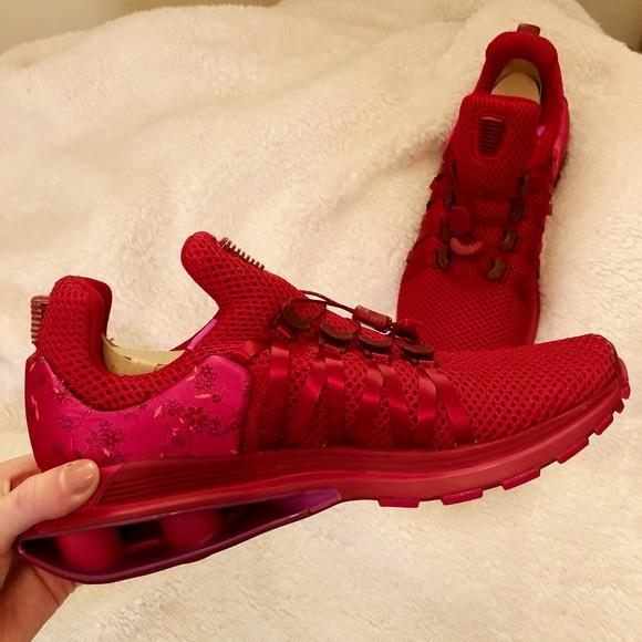 bec6e68c721926 NEW - Nike Shox Gravity Red Crush
